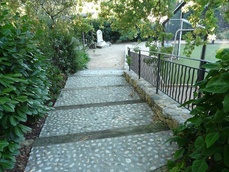 Escaliers ext rieurs ma onnerie paysag re st laurent du var for Escalier paysager